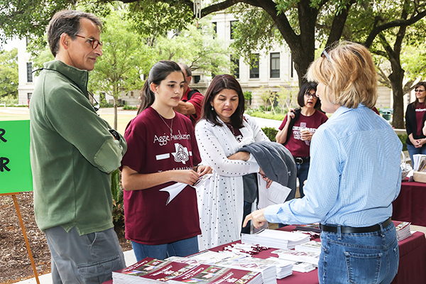College of Geosciences celebrates Parents' Weekend