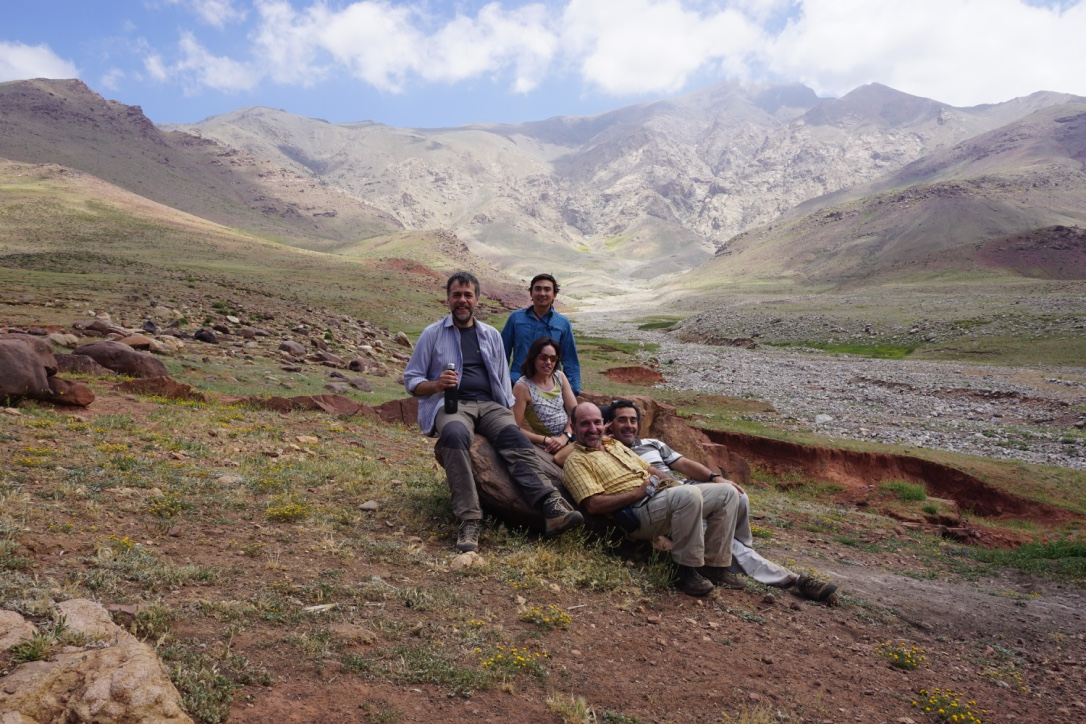 Nick (center, dark blue shirt) with Spanish colleagues in the Marrakech High Atlas Mountains, Morocco (Photo credit: Dr. Nick Perez)