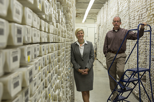 Dr. Debbie Thomas and Dr. Brad Clement. (Photo courtesy of IODP.)