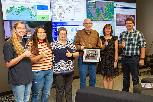 Hal Schade (center) funded an entire cruise for Texas A&M Oceanography students in 2019. (Photo by Chris Mouchyn.)