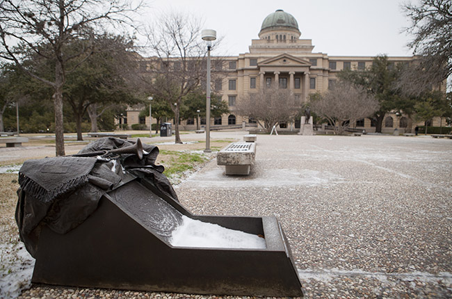 Texas A&M Expert: Polar Vortex Has Cold Air, But What Does It Really Mean?