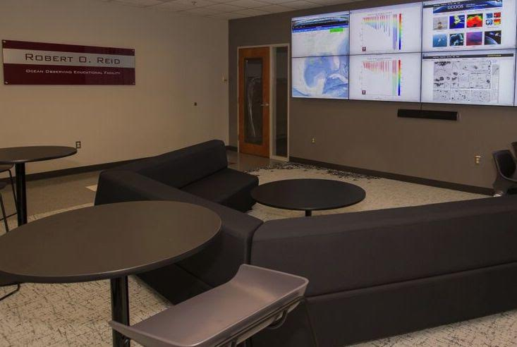 Oceanography Dedicates New Learning Facility