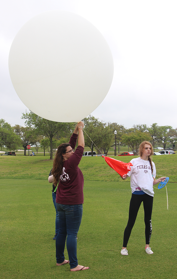 Student weather balloon launches impact forecasts